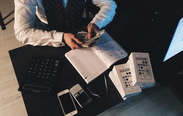 Sådan kan du tjene penge hurtigt ⇒ 3 måder du ikke kendte