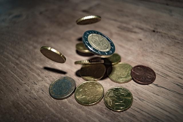 Alt om Børnepenge, SU og Kontanthjælp – Se hvornår de udbetales