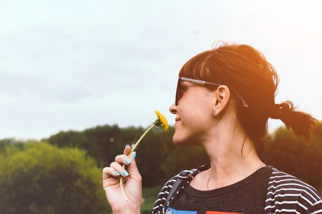 Sådan fjerner du dårlig lugt med en lugtfjerner